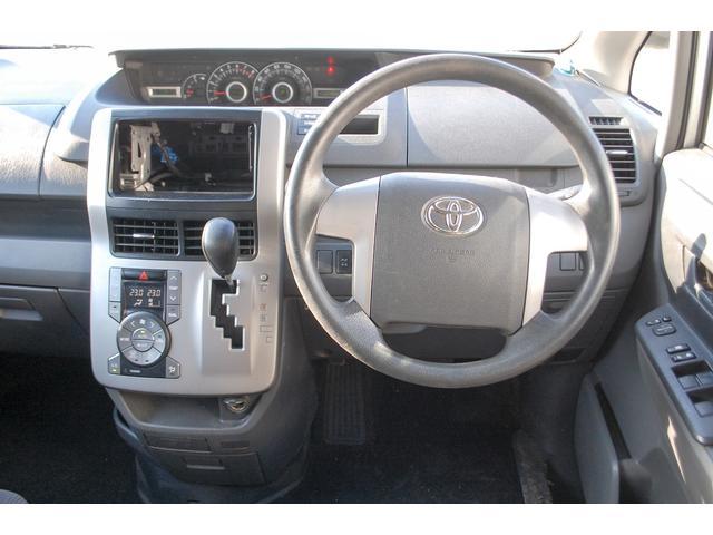 トヨタ ヴォクシー トランス-X 4WD