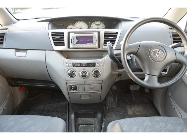 トヨタ ノア S Gセレクション 4WD スタッドレスタイヤ