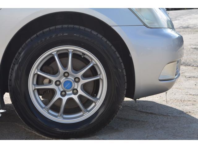 ロイヤルサルーンi-Four 4WD 社外アルミ 冬タイヤ(19枚目)