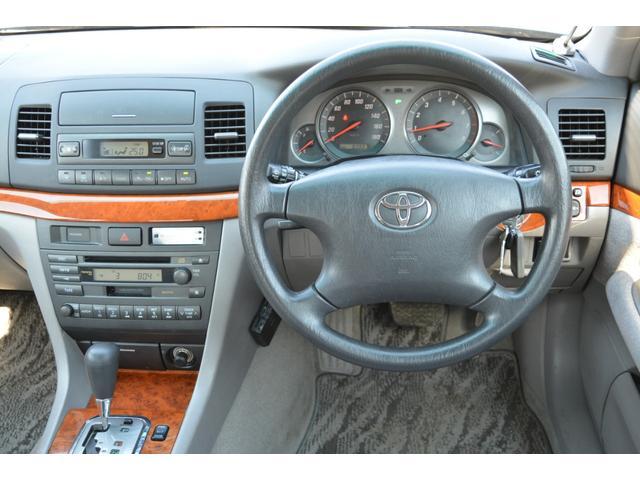 グランデFour Sパッケージ 4WD スタッドレスタイヤ(12枚目)