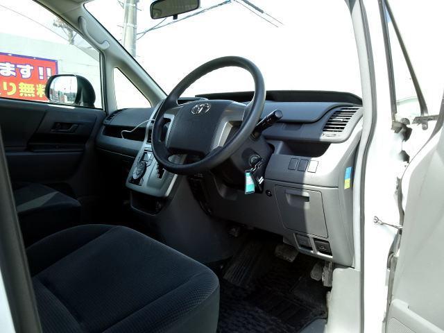 2.0トランスX 4WD寒冷地仕様 両側スライドドア 5人乗(12枚目)