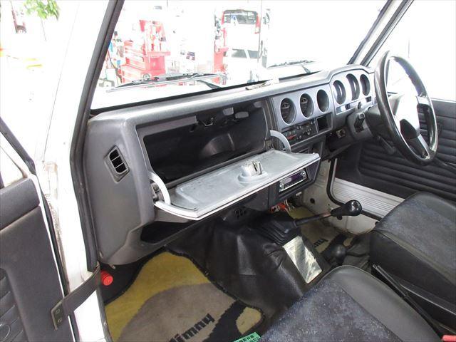 バン HA ターボ マニュアル車 4WD(12枚目)