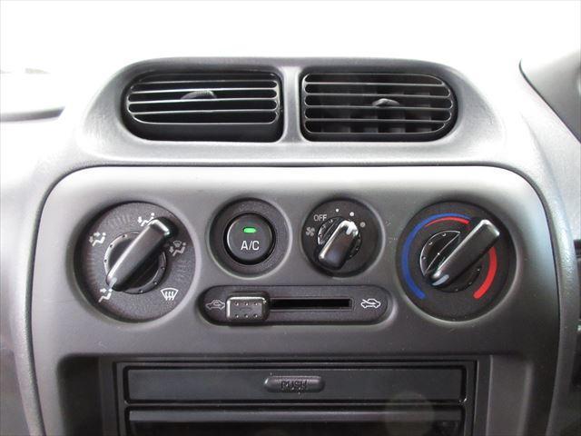エアコン付きで車内快適☆