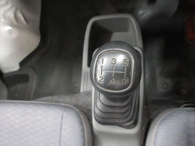 SD エアコン・パワステ付 MT車 4WD(8枚目)