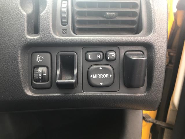 4WD オーディオ付 5名乗り 黄 AT PW 電格ミラー(20枚目)