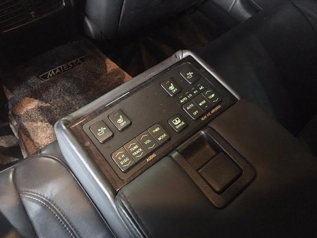 トヨタ クラウンマジェスタ CタイプiFour 純正マルチ 黒本革シート 社外19インチ