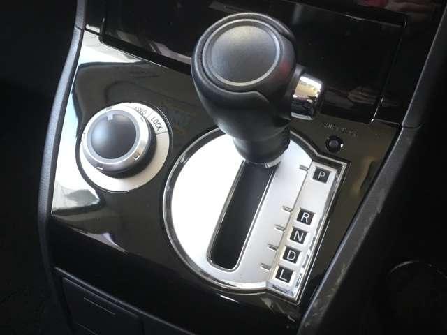 2.2 D パワーパッケージ ディーゼルターボ 4WD(13枚目)