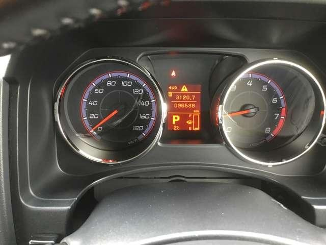 2.4 G プレミアム 4WD(4枚目)