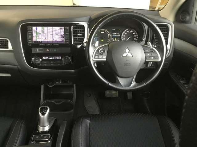 2.0 G ナビパッケージ 4WD(3枚目)