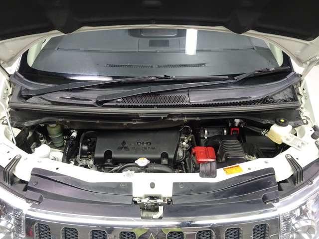 D パワーパッケージ ディーゼルターボ ナビ バックカメラ ETC 両側パワースライドドア HIDヘッドライト クルーズコントロール シートヒーター 横滑り防止 キーレスオペレーション 4WD(4枚目)