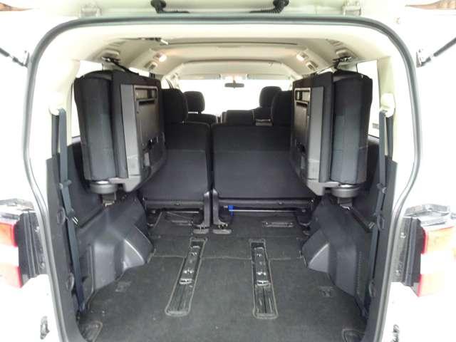 D パワーパッケージ ディーゼルターボ ナビ バックカメラ ETC 両側パワースライドドア HIDヘッドライト クルーズコントロール シートヒーター 横滑り防止 キーレスオペレーション 4WD(8枚目)