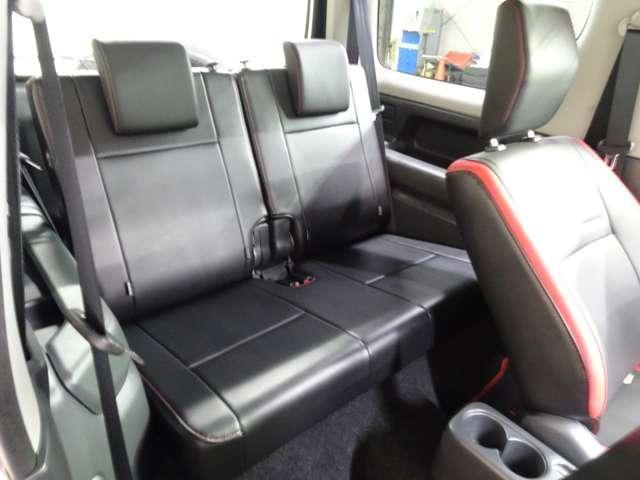 クロスアドベンチャー メモリーナビ ETC 5速MT シートヒーター LEDリングイルミネーション付フォグ クロスアドベンチャーロゴ入りブラック合皮シート プライバシーガラス 4WD(20枚目)