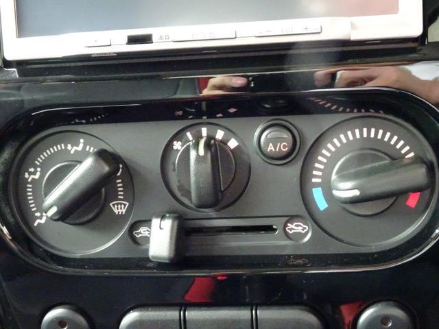 クロスアドベンチャー メモリーナビ ETC 5速MT シートヒーター LEDリングイルミネーション付フォグ クロスアドベンチャーロゴ入りブラック合皮シート プライバシーガラス 4WD(27枚目)