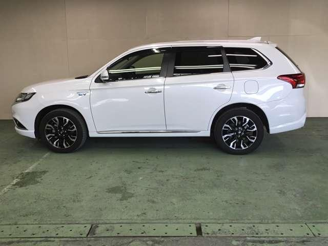 「三菱」「アウトランダーPHEV」「SUV・クロカン」「北海道」の中古車9