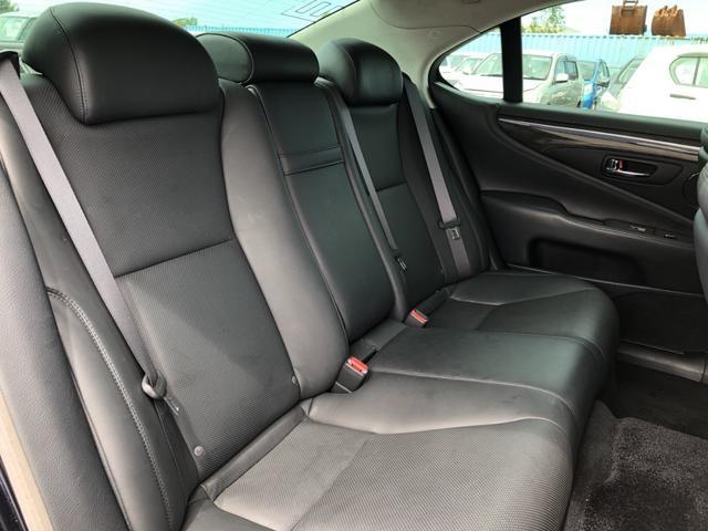 LS460 バージョンC Iパッケージ 4WD 黒革シート(8枚目)