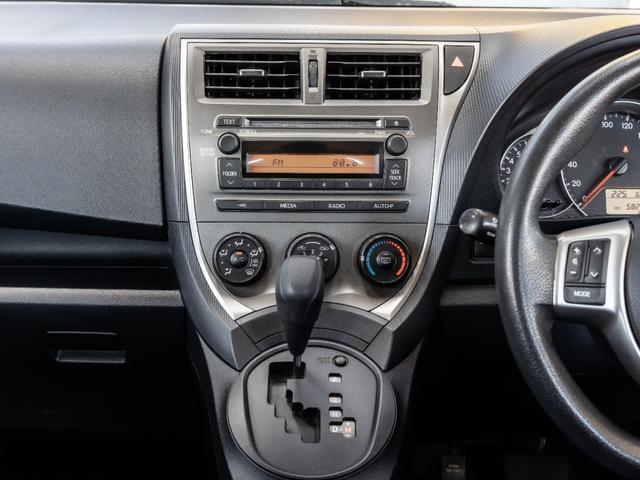 X Vパッケージ 純正CDデッキ キーレス フルノーマル車(10枚目)