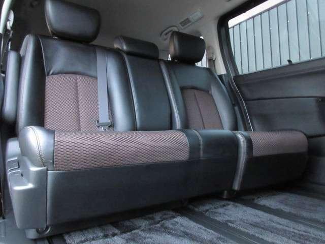 250ハイウェイスター 4WD ワンオーナー HDDナビ(6枚目)