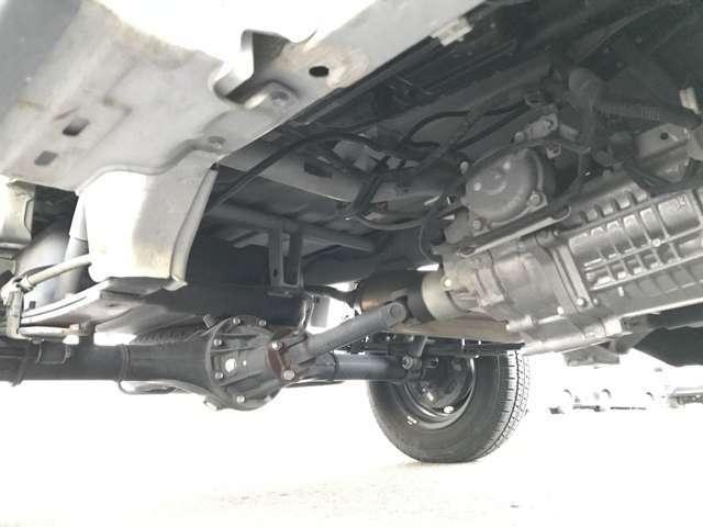 ジャンボ 3方開 4WD 5速MT ナビ フルセグ キーレス(19枚目)