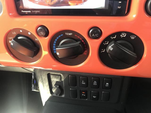 カラーパッケージ革シートETCナビTVワンオーナー4WD(19枚目)