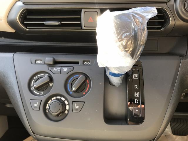 S キーレス周囲ソナー届出済未使用車シートヒーター4WD(17枚目)
