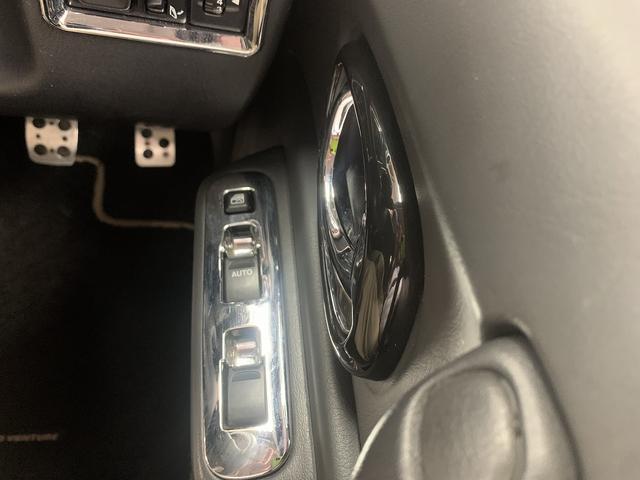 ランドベンチャー 特別仕様車マニュアルキーレスカーナビバックカメラ地デジテレビワンオーナー純正アルミホイール4WD(16枚目)