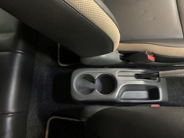 ランドベンチャー 特別仕様車マニュアルキーレスカーナビバックカメラ地デジテレビワンオーナー純正アルミホイール4WD(27枚目)