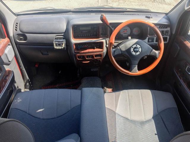 カスタムターボ 4WD 1年保証 ETC タイベル交換済(3枚目)