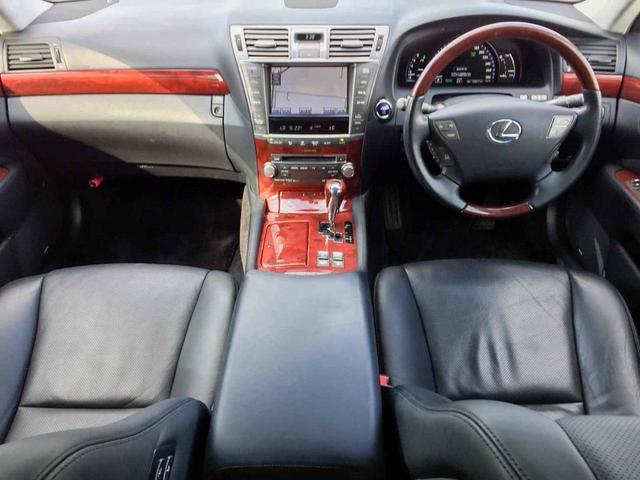 LS600h I 4WD 黒革サンルーフ 1年保証 本州仕入(8枚目)