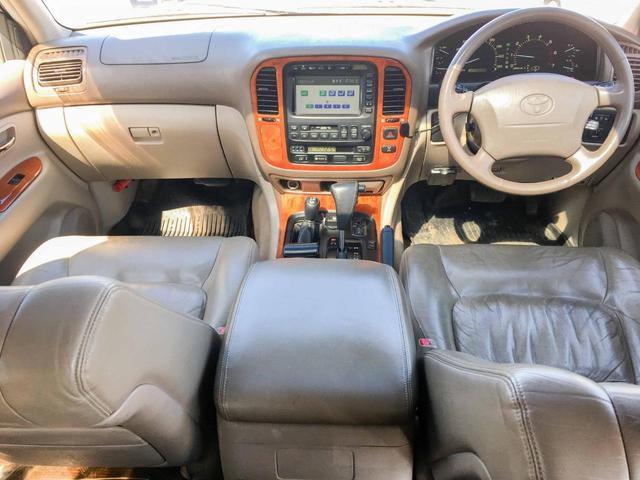 シグナス 4WD 1年保証 1ナンバー サンルーフ 革(6枚目)