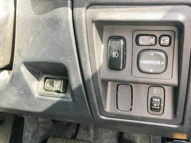 VR 4WD 1年保証 ナビ 夏冬タイヤ シートヒーター(8枚目)