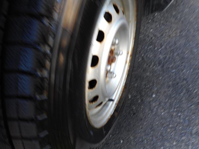 DXコンフォートパッケージ 4WD 夏冬タイヤ ナビ付き(11枚目)