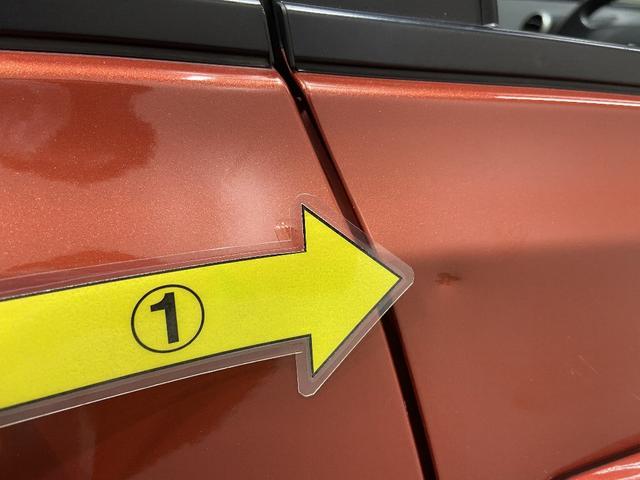 右Fドア凹みタッチアップ ※掲載写真以外にも、年式や走行距離に応じた微細な傷がある場合がございます。予めご了承ください。
