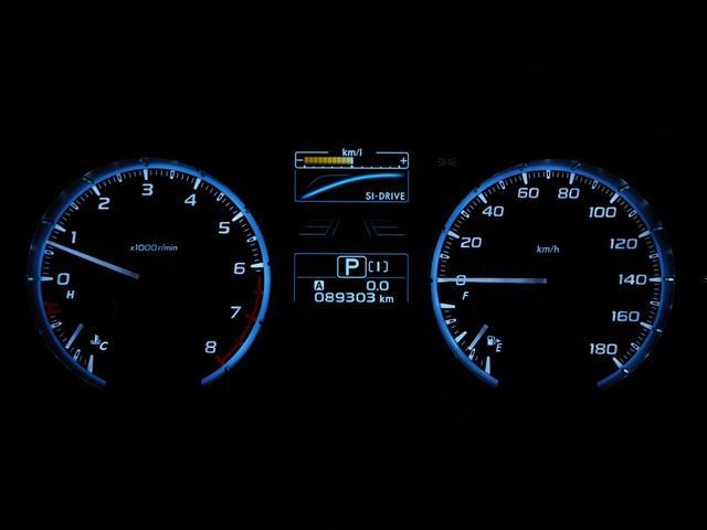メーカー発表燃費は17.4キロ。ガソリンはレギュラー仕様になります。