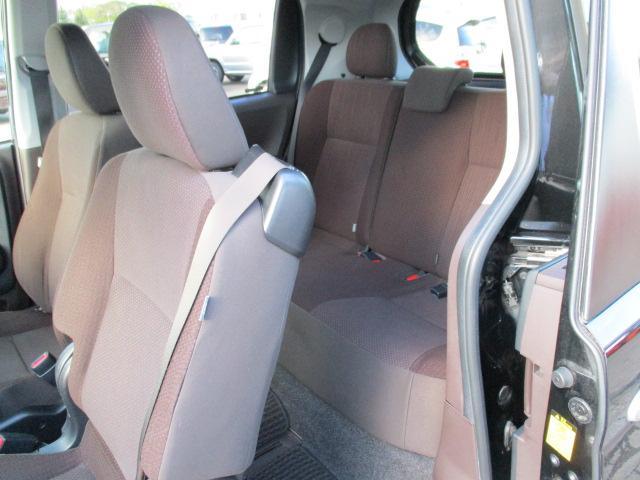 G 4WD 純正ナビ・TV・CD バックカメラ パワースライドドア プッシュスタート スマートキー ETC シートヒーター 横滑り防止(11枚目)