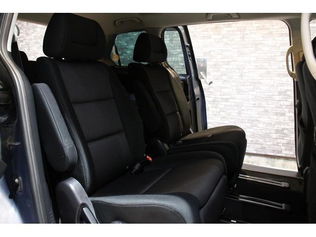 23C スポーティパッケージ 4WD ワンオーナ HDDナビ(12枚目)