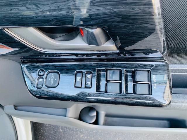 「トヨタ」「ヴォクシー」「ミニバン・ワンボックス」「北海道」の中古車23