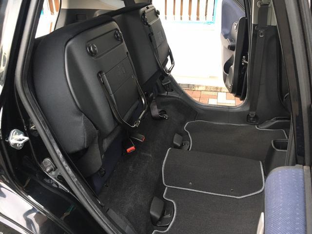 「センタータンクレイアウト」に「ウルトラシート」(*'▽') 後席はチップアップ機構付き(*'▽') 高さのあるお荷物を積む際に便利です♪