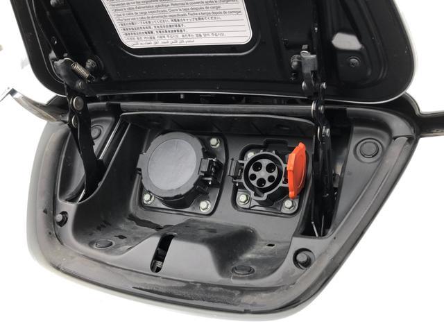 X電気自動車 スタッドレス夏タイヤセット フルセグSDナビ(18枚目)
