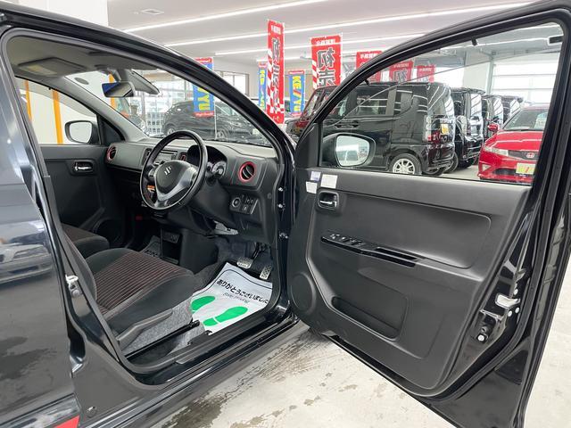 ベースグレード 4WD 禁煙 ターボ シートヒーター レーダーブレーキサポート 横滑り防止装置 アイドリングストップ プッシュスタート 電動格納ミラー HIDオートライト フォグランプ 純正オーディオ USB(15枚目)