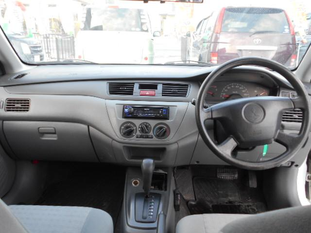 E 4WD CDコンポ パワーウィンドウ パワステ(3枚目)