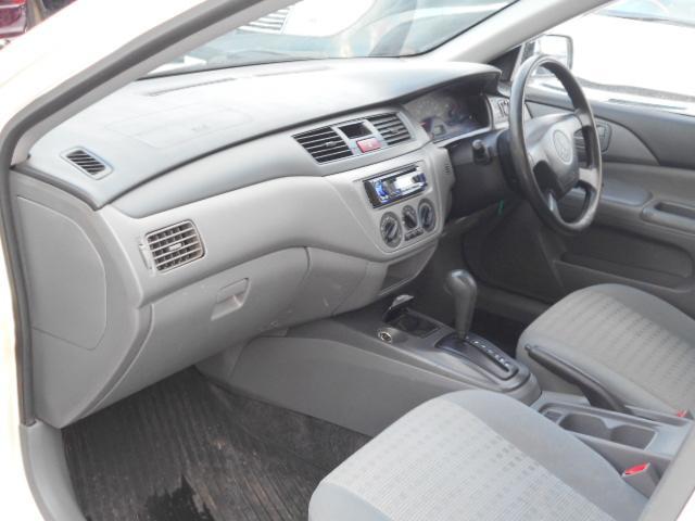 E 4WD CDコンポ パワーウィンドウ パワステ(5枚目)