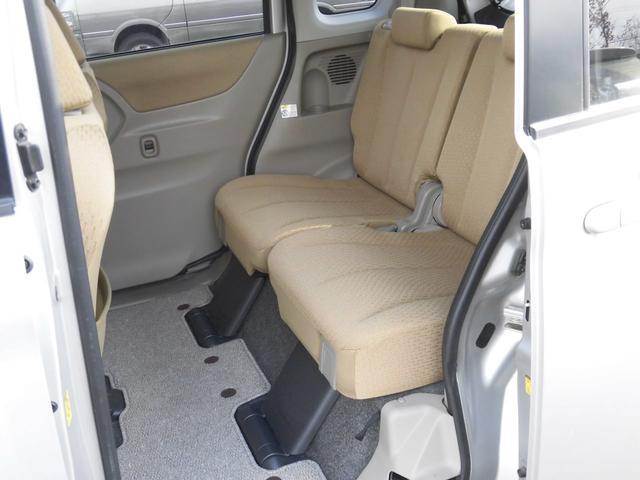 L シートヒーター・フルフラットシート・4WD・ETC・(8枚目)