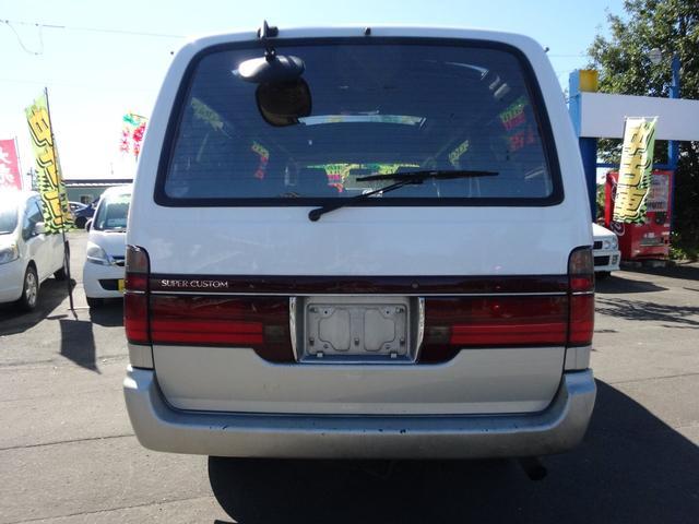 リビングサルーンEX 4WD 4ナンバー仕様(9枚目)