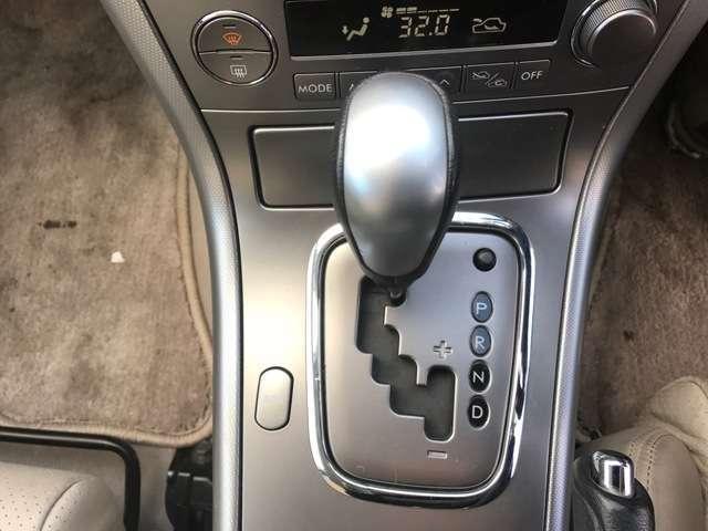 3.0R 4WD・ナビ付・ETC・パワーシート・キーレス(11枚目)
