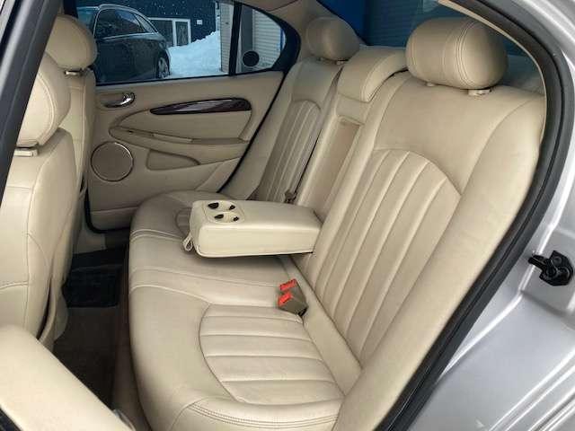自分に合った車はどんな車なのか・・・と言うお客様も是非お気軽にご相談下さい!中古車を熟知したスタッフがお客様目線でご提案させていただきます!