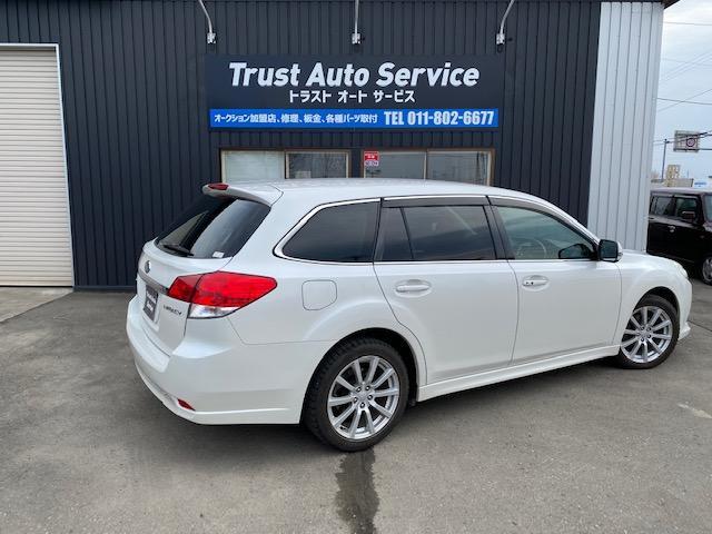 この度は、当店のお車をご覧いただき誠にありがとうございます。お車に関してのご質問はお気軽に当店までお電話ください。TEL:0066-9706-0870