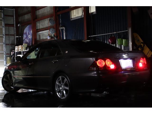アスリートi-Four4WDx黒革xローダウンx4灯HID(4枚目)