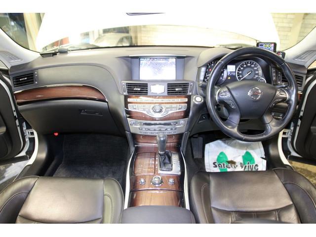 370GTーFOUR4WDx19AWx本革シートxHDDナビ(18枚目)