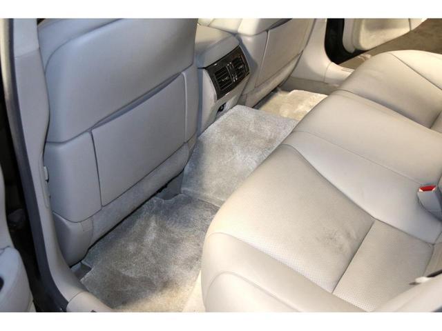 LS600h Iパッケージ4WDx本革xカールソン21AW タイミングチェーン HDDナビ CD ミュージックサーバー バックモニター ETC スマートキー エアシート&ヒーター ステアリングヒーター リアスモーク ドアバイザー ミラーヒーター オールペン(16枚目)