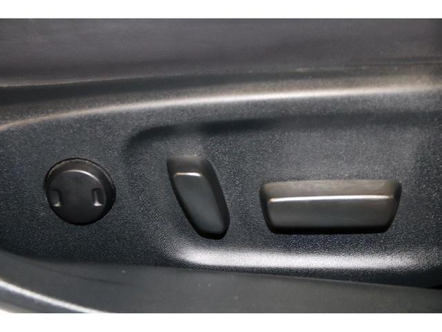 アスリートSFourブラックスタイル4WDxエアロx2色本革 HDDナビ/DVD/フルセグTV/バックモニター/スマートキー/USB/ブルートゥース/ミュージックサーバー/ビルトインETC/タイミングチェーン/シートヒーター/ミラーヒーター/ステアリングヒーター(28枚目)